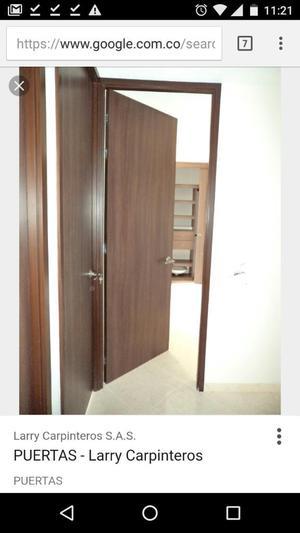Puerta madera entamborada con marco como nueva posot class for Puerta entamborada
