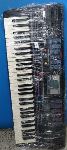 Organeta Yamaha, Modelo Psr220,con Base, Id.