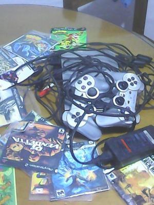 vendo playstation 2 slim pereira con 2 controles originales