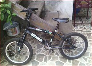 Se vende bicicleta para niño