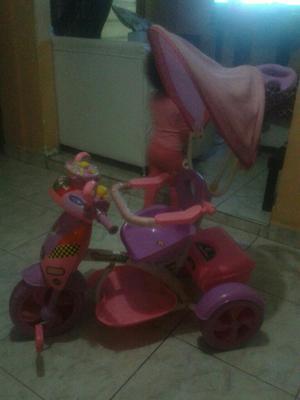 Vendo Triciclo Y Cosmetiquera para Niña
