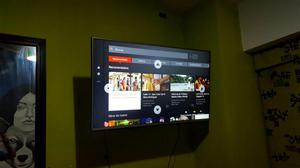 Smart TV Ultra HD de 49 Pulgadas Marca LG