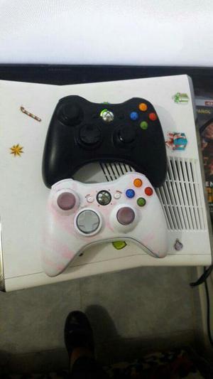 Vendo Xbox 360 en Muy Buen Estado