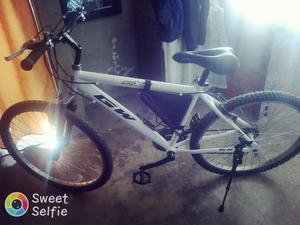 Bicicleta Todo Terreno Toda en Aluminio