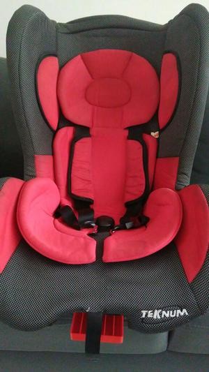Silla para Seguridad de Niño en Carro