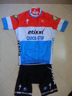 Uniforme de ciclismo talla M envíos a nivel nacional