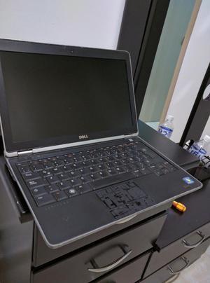 Portatil Dell Intel Core I7 con 4gb Ram