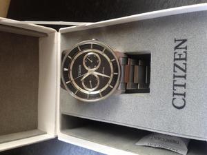 Reloj citizen nuevo y 100 original con garantía de 18