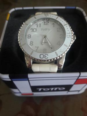 Vendo Reloj Totto