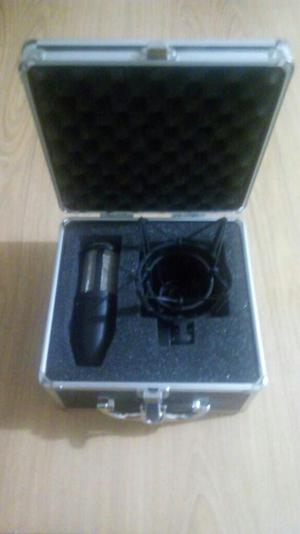 Interfaz, Microfono, Tripode Y Antipop