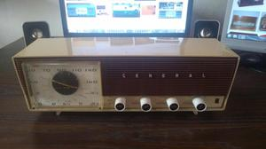 Radio Antiguo De Tubos Al Vacío Radio General Mod 5ma564