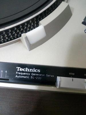 Tornamesa Technics Sl230