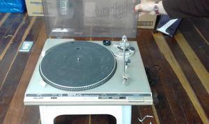 Venta Tocadiscos Antiguo marca TECHNICS SLQ210