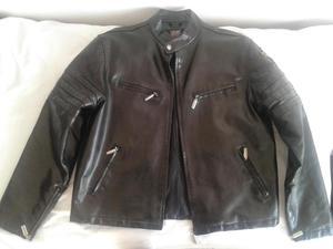 chaqueta chamarra de cuero marca PRONTO