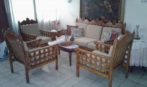 Juego de sala en cuerina color caoba posot class for Juego muebles comedor