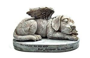 Estatua Del Animal Doméstico Del Ángel Del Perro