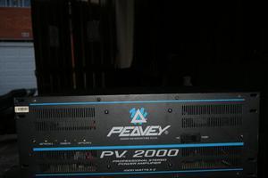 Amplificador Peavey Pv