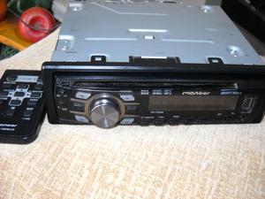 Radio para carro con USB marca Pioneer