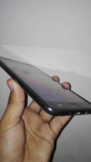 Celular Samsung Galaxy J7 Como nuevo VendCambio