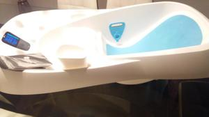 Bañera con termometro 4moms