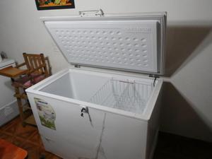 Vendo congelador marca challenger, 375 litros