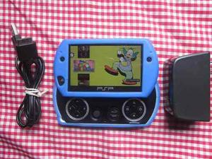 Vendo Cambio Psp Go 16gb Con 40 Juegos Y 5 Emuladores