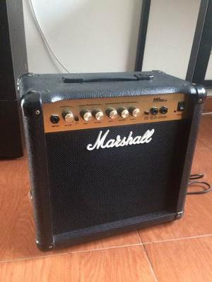 Amplificador Para Guitarra Marshall Mg15cd
