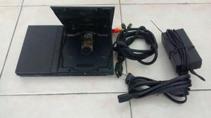 PlayStation 2, Dos controles, cables y 10 juegos
