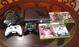 Xbox 360 Slim con Dos Controles Y Juegos