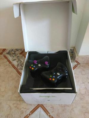 Xbox gb, 2 Controles Originales.