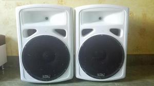 cabinas de sonido activa y pasiva marca SOUNDkING