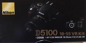 Cámara Nikon D con lentes