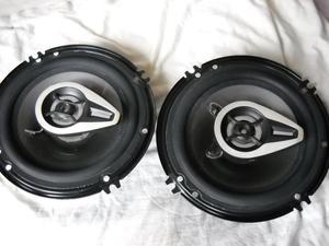 Baratos 2 parlantes de carro de 6 pulgadas nuevos 240 Wtts