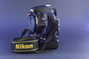 Camara Nikon D Digital Slr