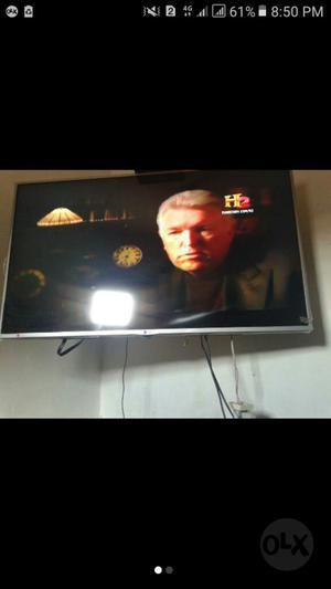 Se Vende Tv 47 Pulgadas Smart Tv Triple