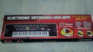 organeta full  electronic keyboard usb mp3 microfono