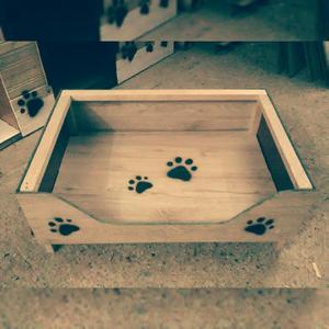 camas en madera para mascotas perros gatos
