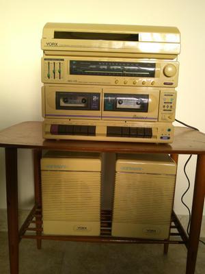 Equipo de Sonido Antiguo