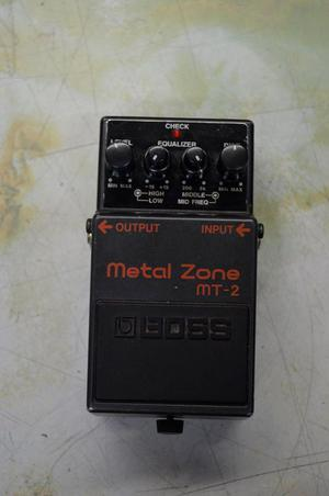 Pedal de Guitarra Electrica Boss Metal Zone MT2