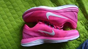 Tenis Nike Dual Fusion Talla 8