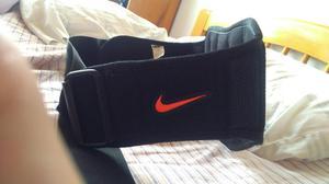 Cinturon Lumbares Nike