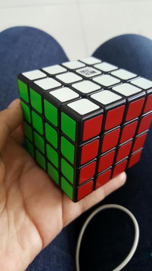 Cubo de Rubik 4x4x4 Moyu