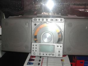 Radio Reproductor de Cd Usado Am/fm