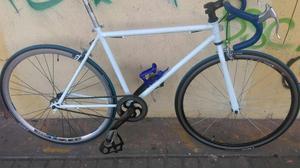 Vendo Bicicleta de Semi Carreras