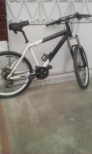 bicicleta montaña mtb en aluminio