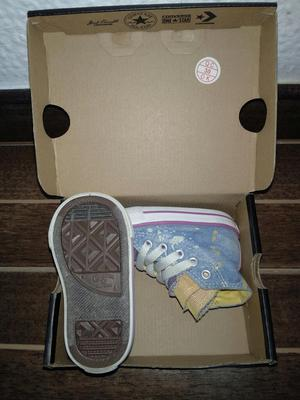 $ por tres pares de Tennis Niña Puma Converse Adidas