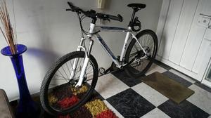 Bicicleta Ecobike 27.5 con Accesorios
