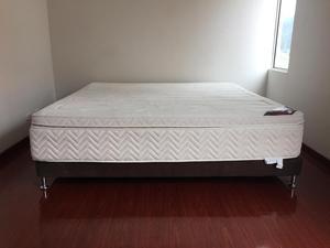 Base cama colchon King Size como nueva