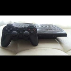 Vendo O Cambio Play 3 Super Slim Con 2 Controles 450mil