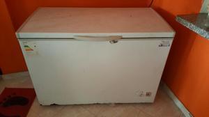 Vendo 2 congeladores en perfectas condiciones ahorradores de